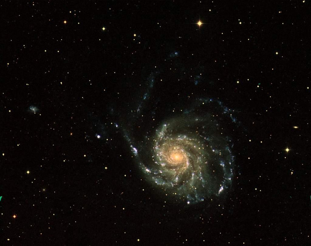 M101 okiem sondy GALEX