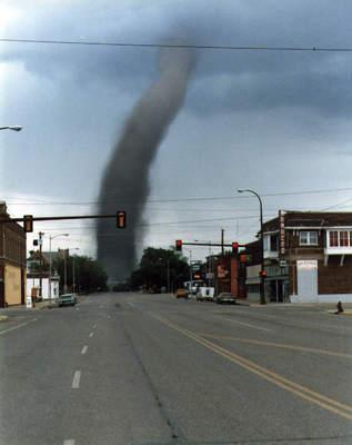 Tornado, czyli trąba powietrzna