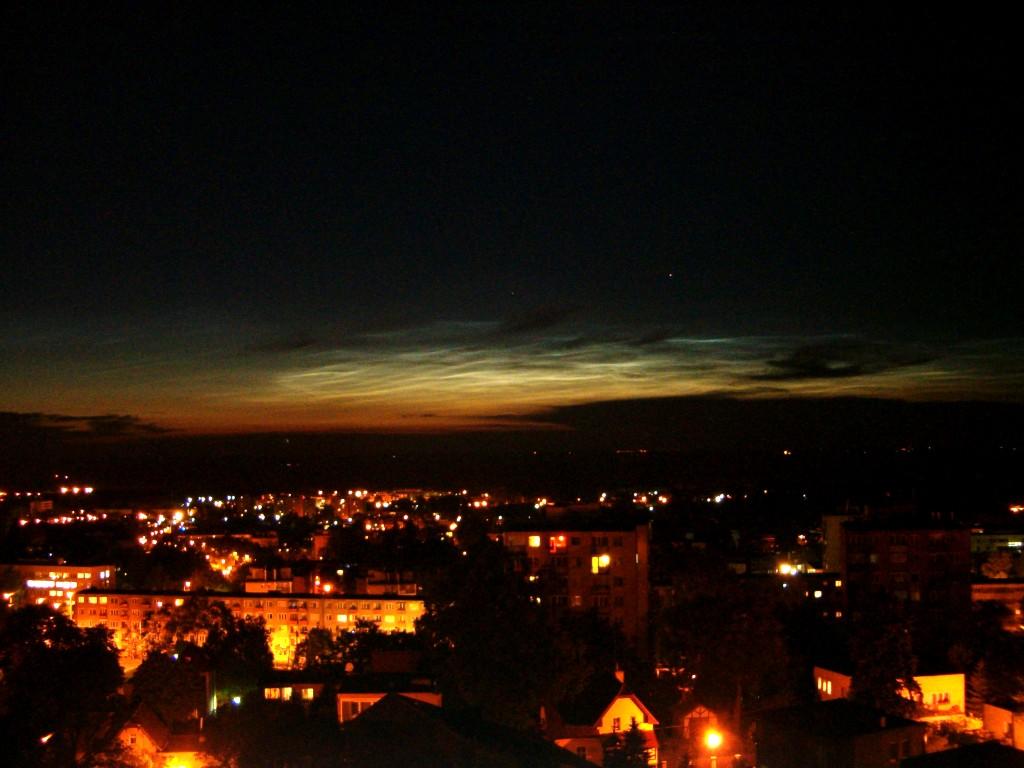 Noctilucent cloud / świecące nocne obłoki