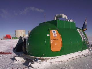 AASTINO - próbne obserwatorium antarktyczne