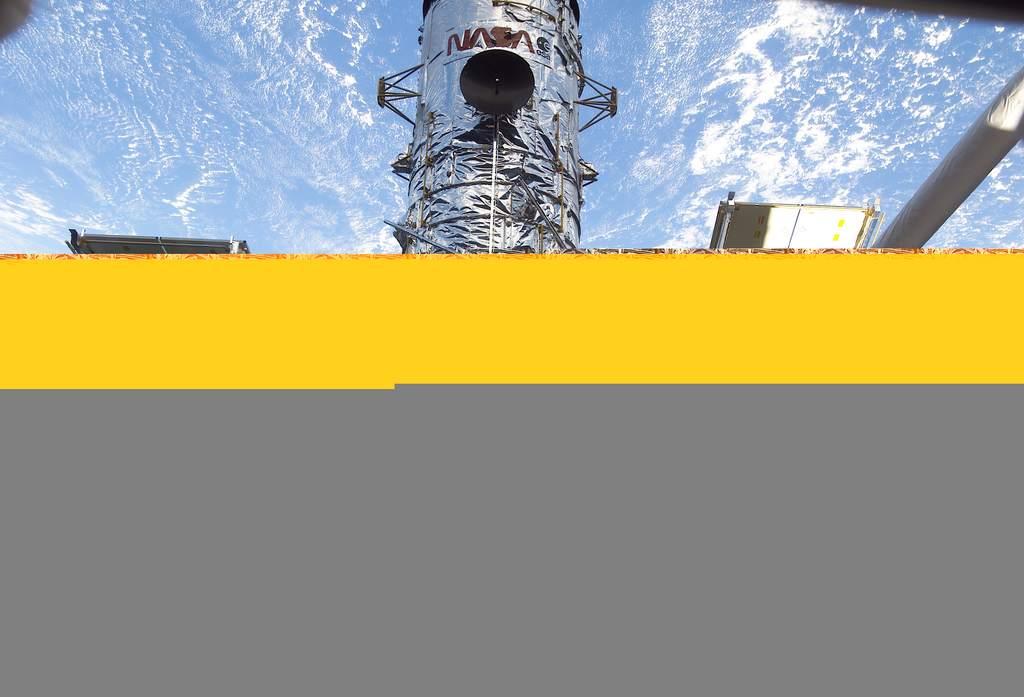 Kosmiczny Teleskop Hubbla - naprawa 2002