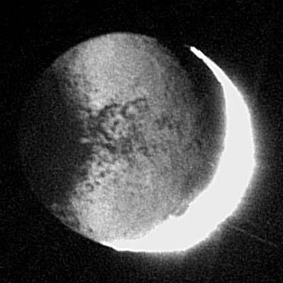 Japetus - zdjęcie z Cassiniego