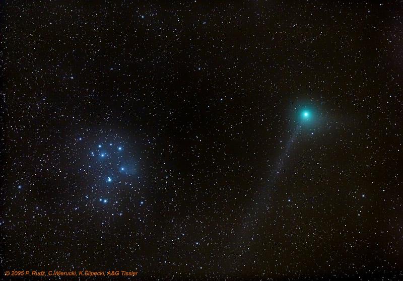 Kometa Machholza i Plejady (1)