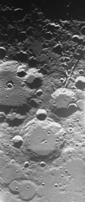 Kratery Brianchon iPascal widziane zpokładu sondy SMART-1