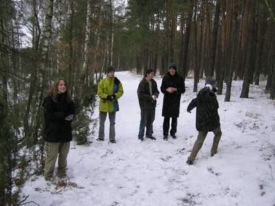 Zimowisko - spacer po lesie i śnieżne piguły