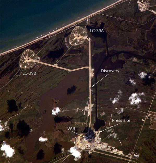 Discovery widzany z ISS