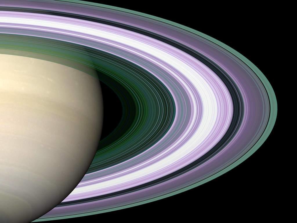 Saturn i pierścienie podczas obserwacji radiowych