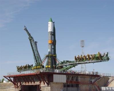 Sojuz i Progress M-53 w Bajkonurze