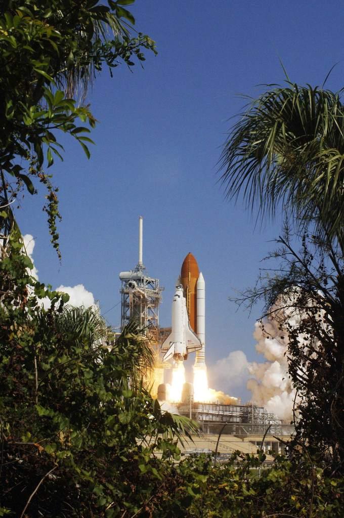 Start STS-114 (II)