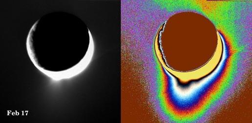 Lodowy gejzer Enceladusa (luty 2005)