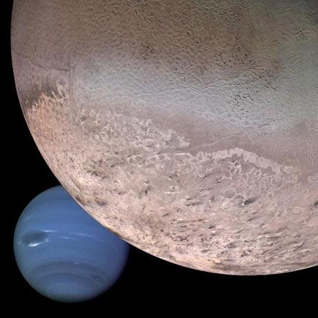 Tryton na tle Neptuna