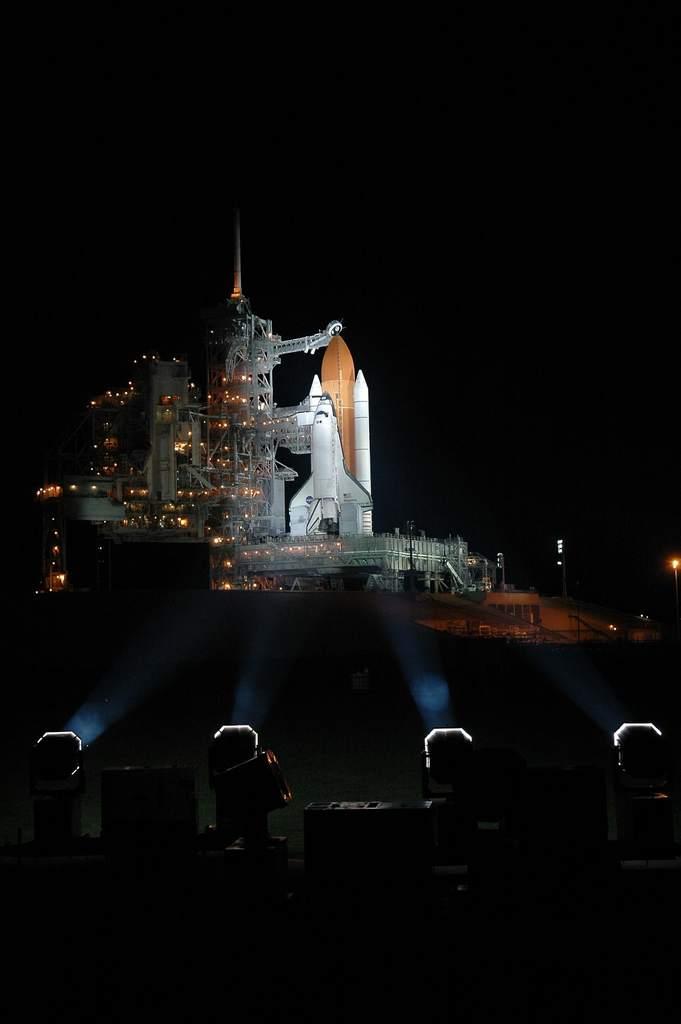Discovery przed startem STS-121