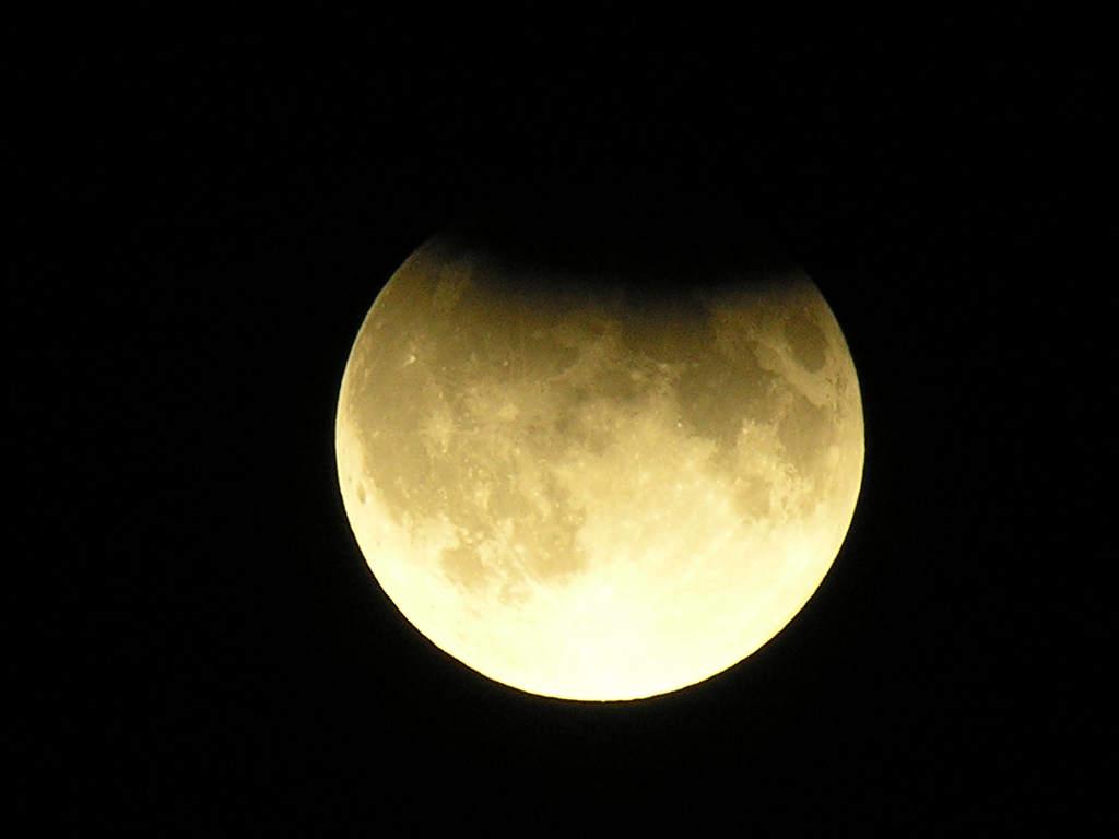 Zaćmienie Księżyca 7 września 2006 w Sandomierzu (II)