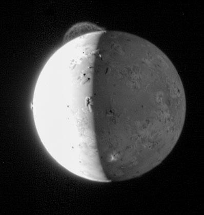 New Horizons fotografuje Io