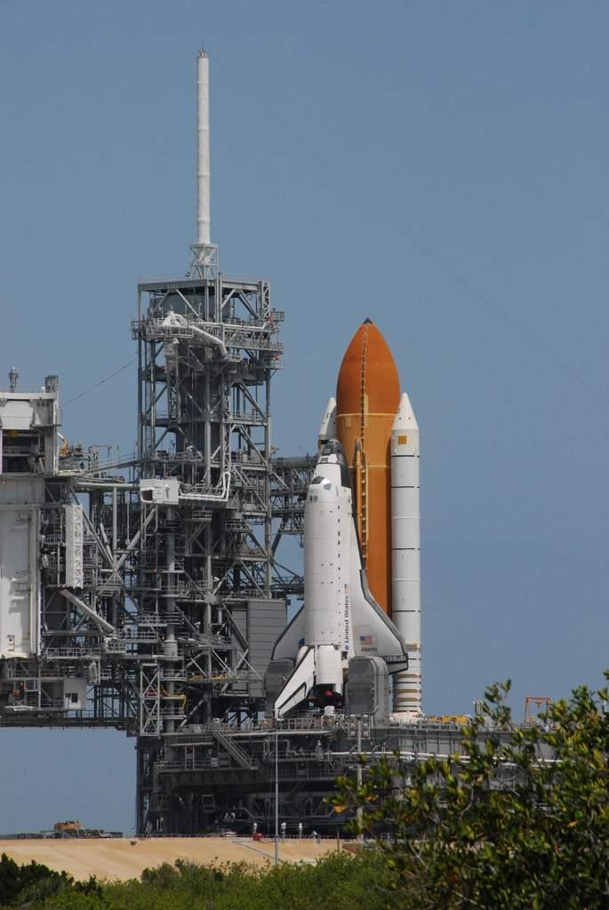 Atlantis na platformie po raz drugi przed STS-117