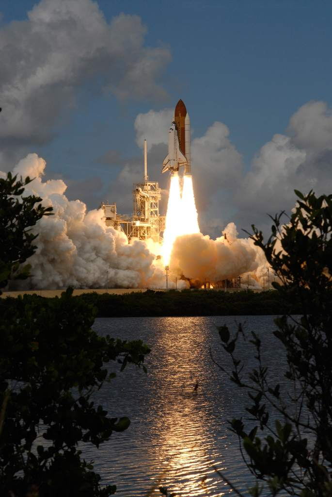 Start Discovery - STS-120