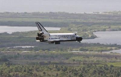 STS-120 lądowanie (3)