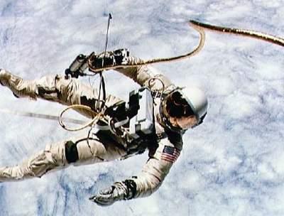 Gemini 4 - EVA