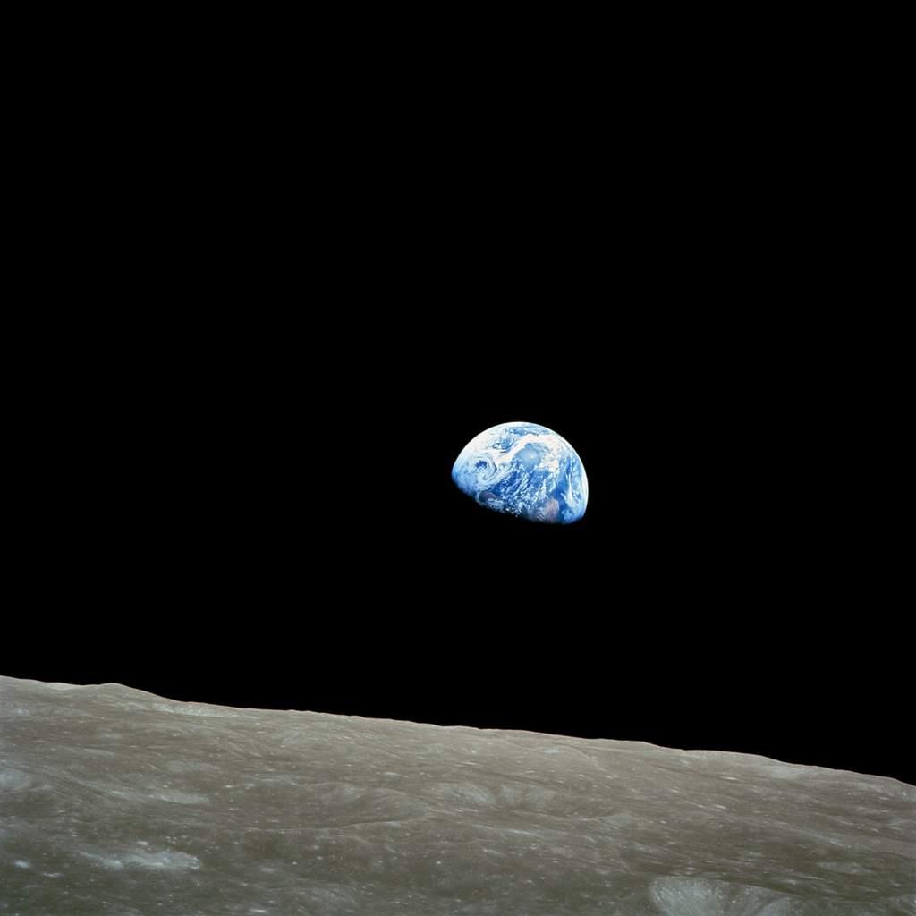 Apollo 8 - Ziemia wschodząca