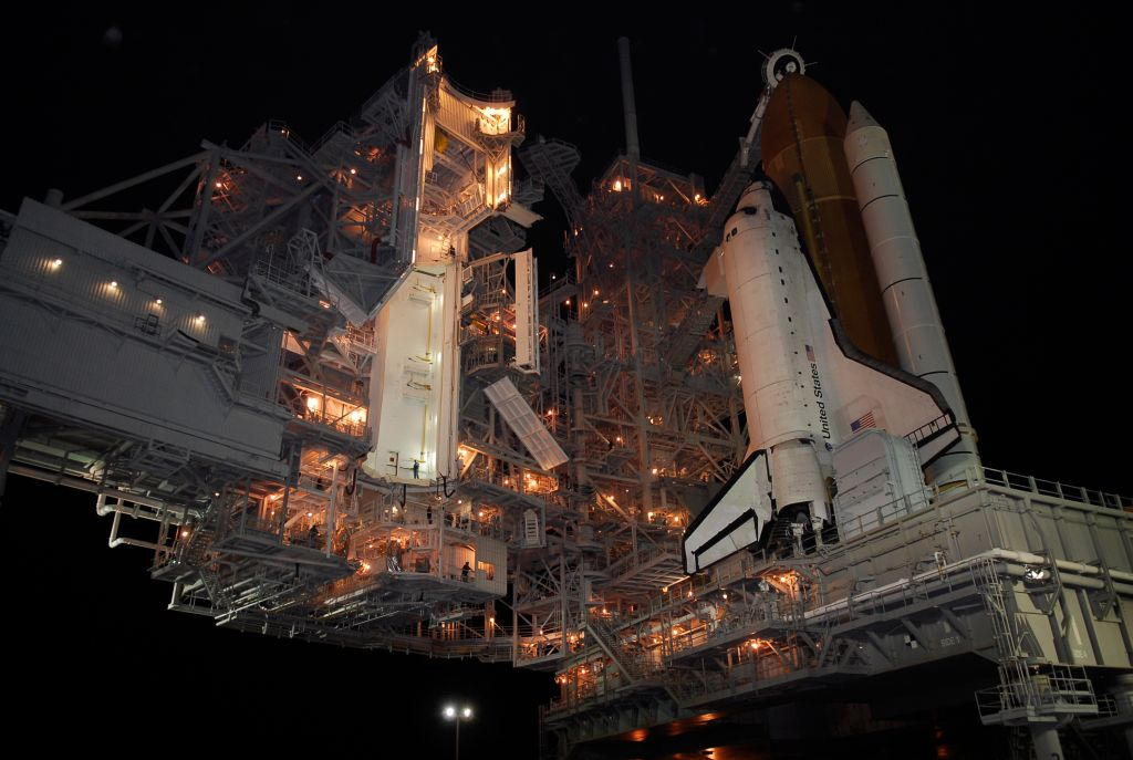 STS-122_1