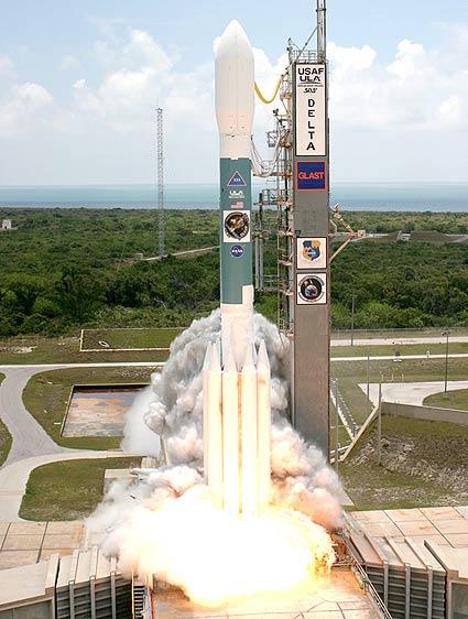 start rakiety Delta II z satelitą GLAST na pokładzie