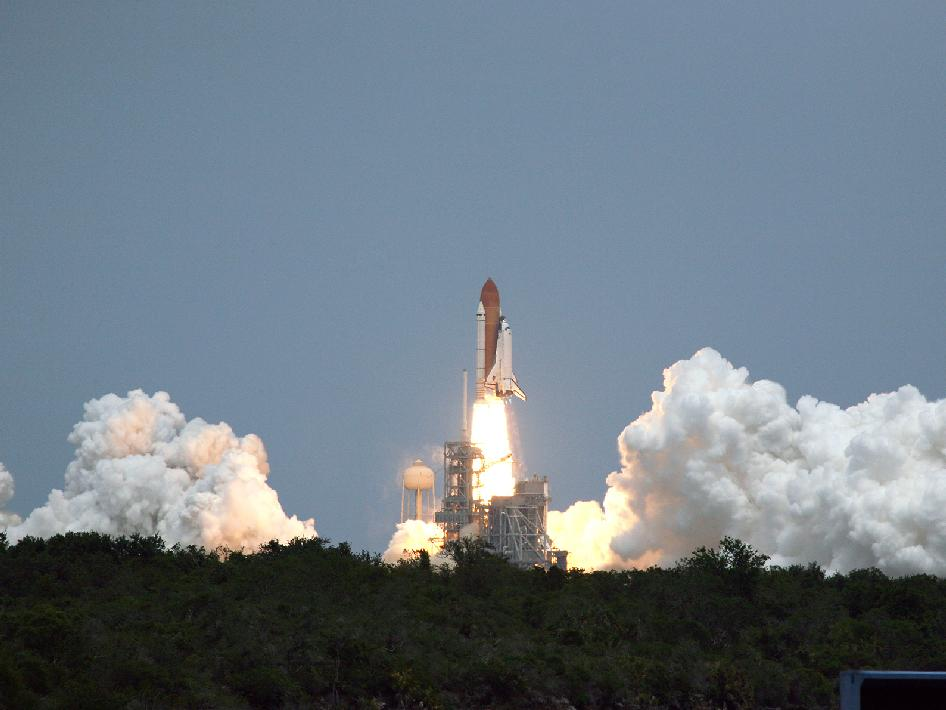 STS-125, start