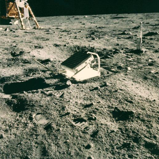 LRRR z Apollo 11