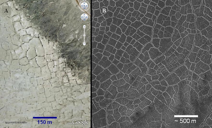 Porównanie wzorów pęknięć materiału skalnego