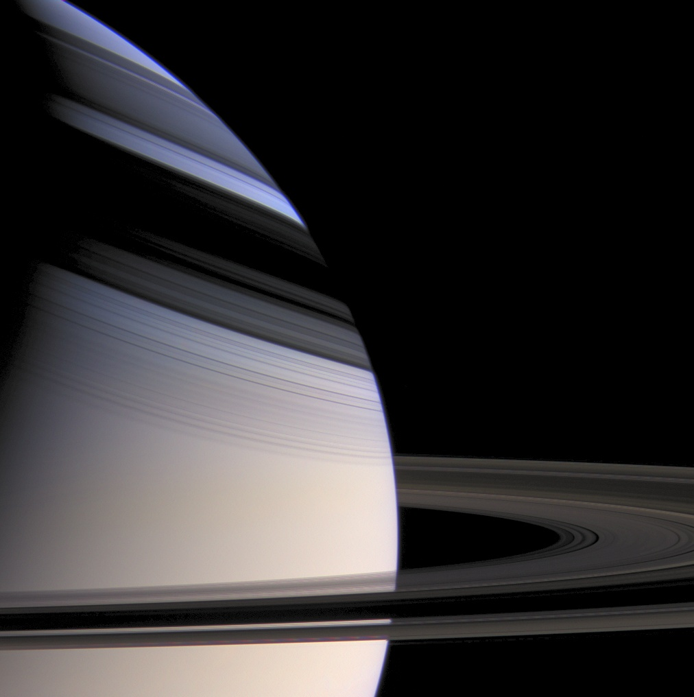 Saturn - z sondy Cassini