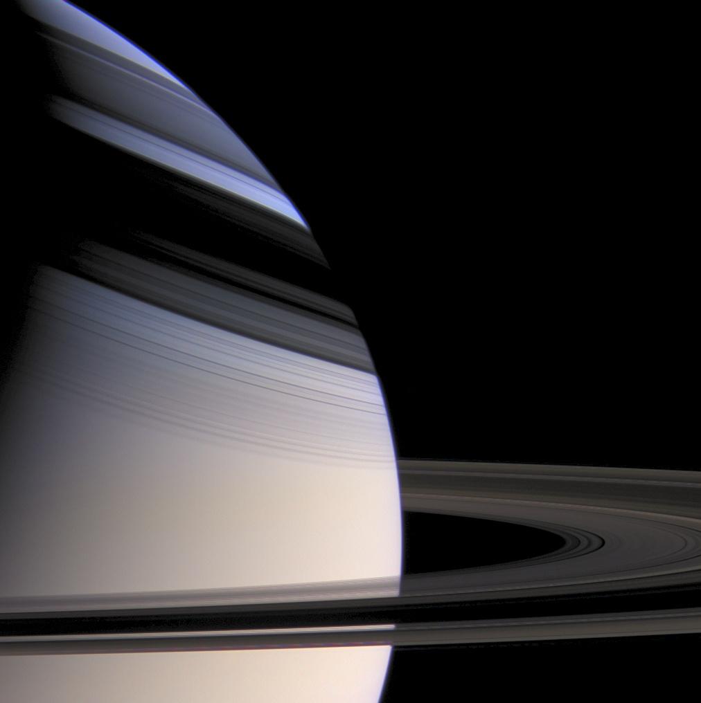 Saturn - z sondy Cassini