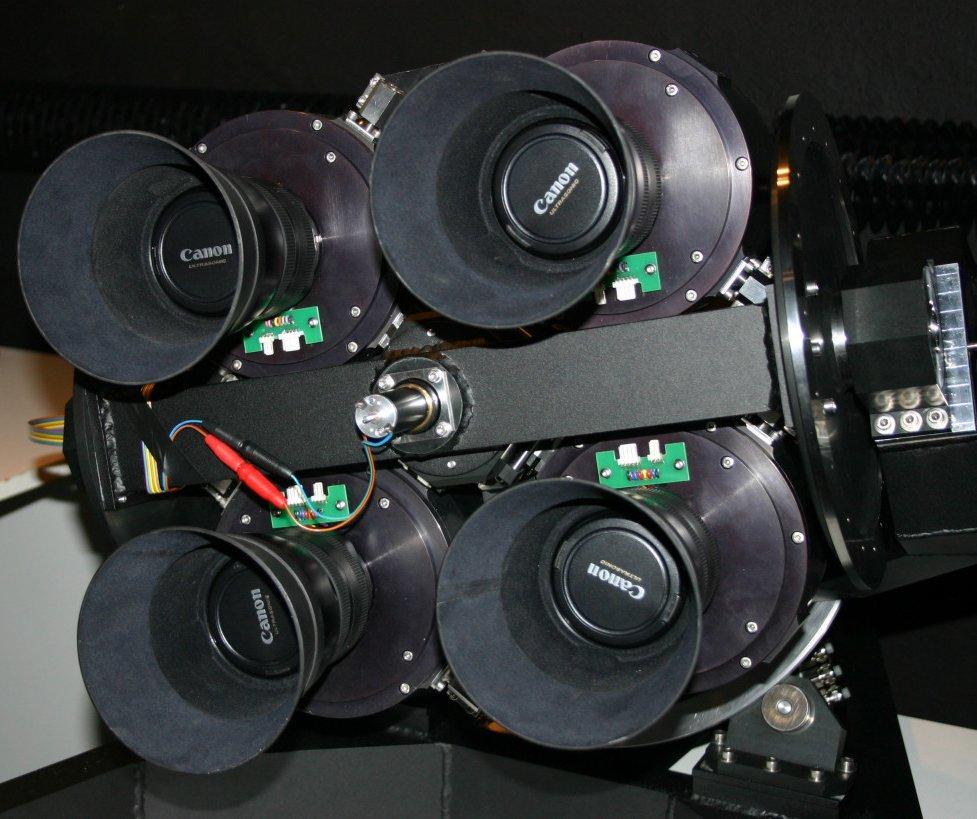 """Prototyp montażu pod kamery """"Pi fo the Sky"""" podczas testów"""