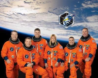 Załoga misji STS-130