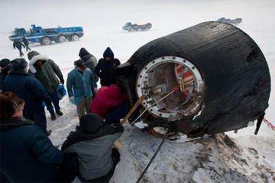 Kapsuła Sojuza TMA-01