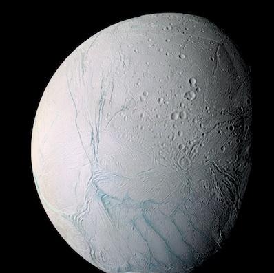 Enceladus sfotografowany przez Cassini