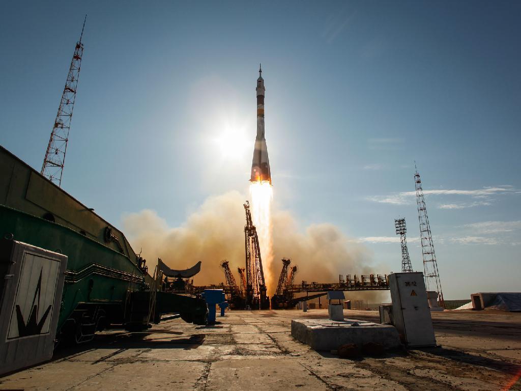 Start Sojuza TMA-04M (I)