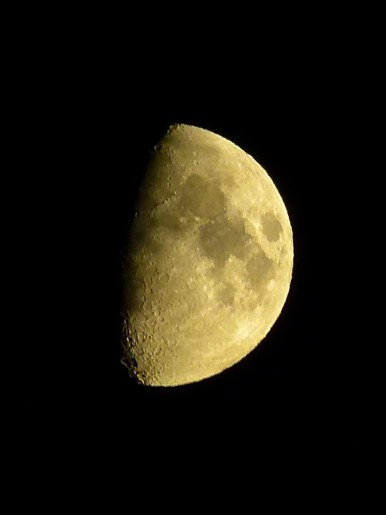 Księżyc, 25 sierpnia 2012