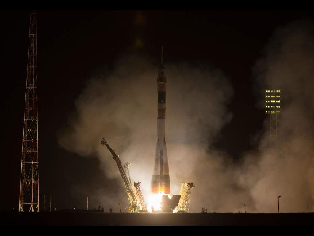 Start Sojuza TMA-08M