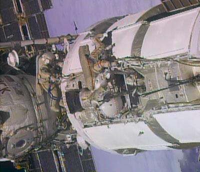 Yurchikhin i Misurkin podczas pracy na zewnątrz ISS.