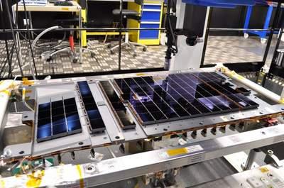 Matryca CCD obserwatorium Gaia w trakcie montażu