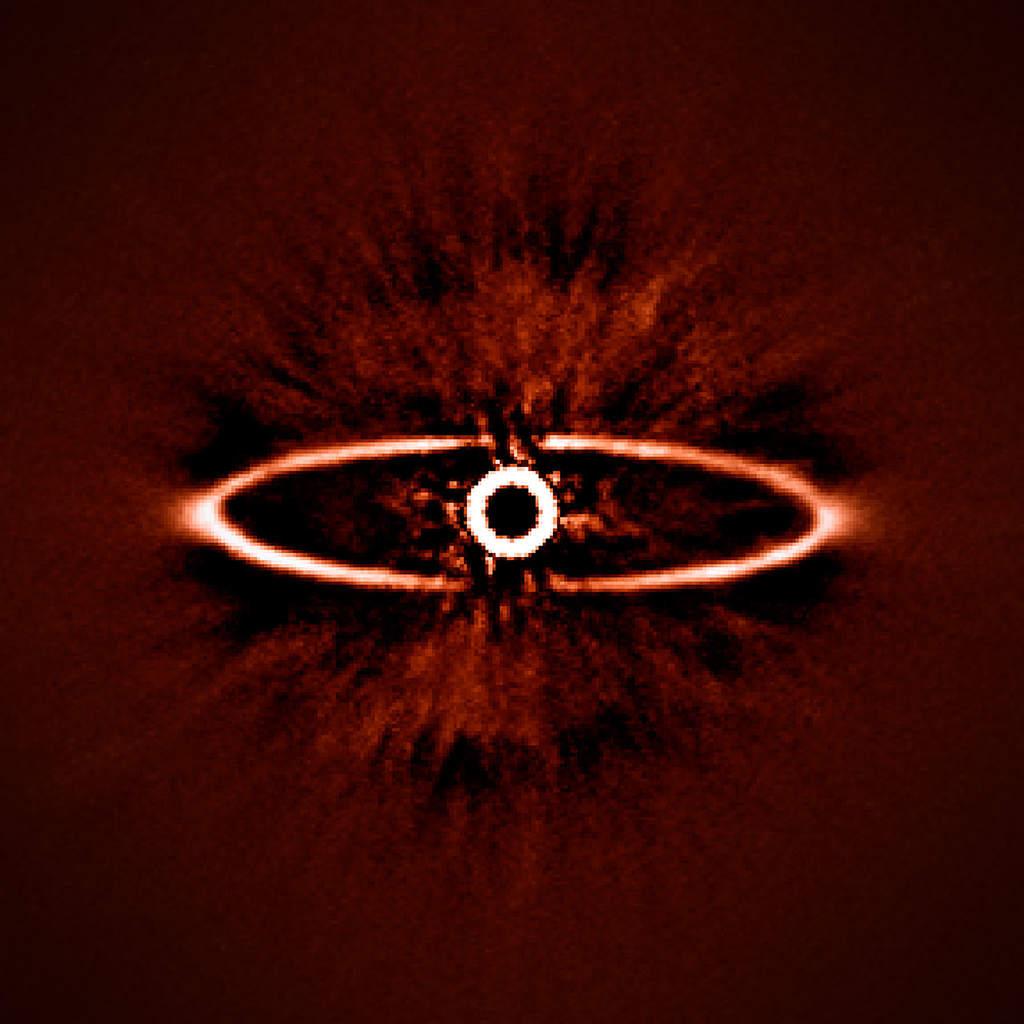 Pierścień pyłu wokół HR 4796A