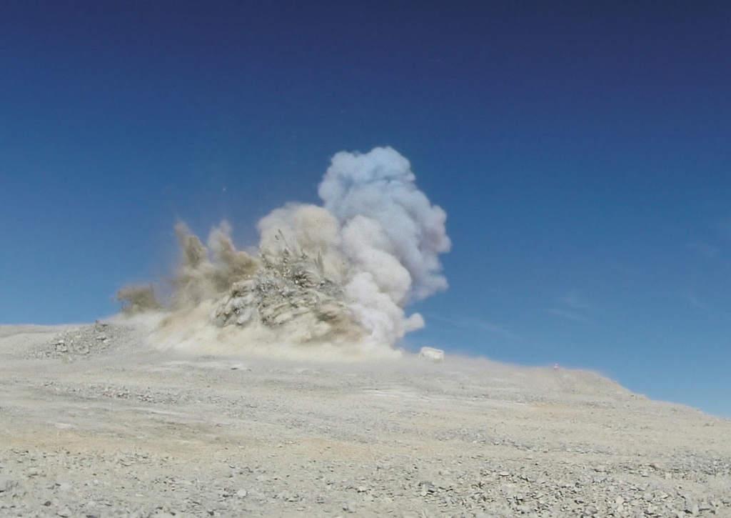 Wysadzenie góry Cerro Armazones pod E-ELT