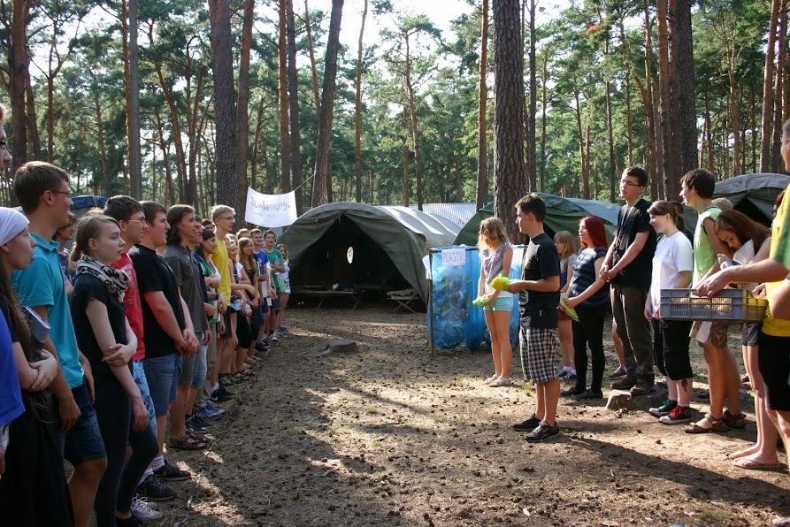 Obóz dla starszych 2014: zbiórka na podwieczorek