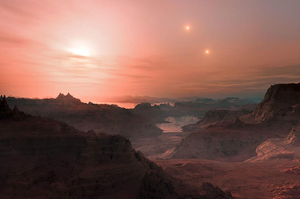 Zachód trzech słońc na Gliese 667 Cc. Artysta: L. Calçada