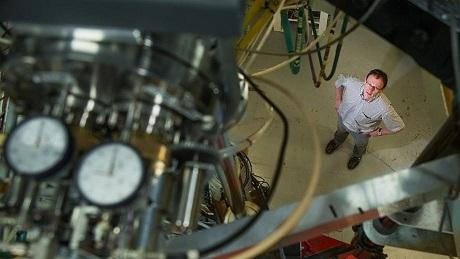 Dr.Wallner na wydziale Fizyki Jądrowej w ANU