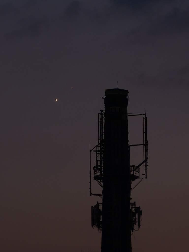 Wenus i Jowisz, 1 lipca 2015
