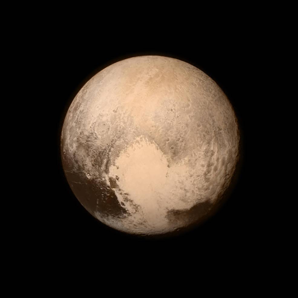 Zdjęcie Plutona zrobione 13 lipca 2015 roku przez LORRI