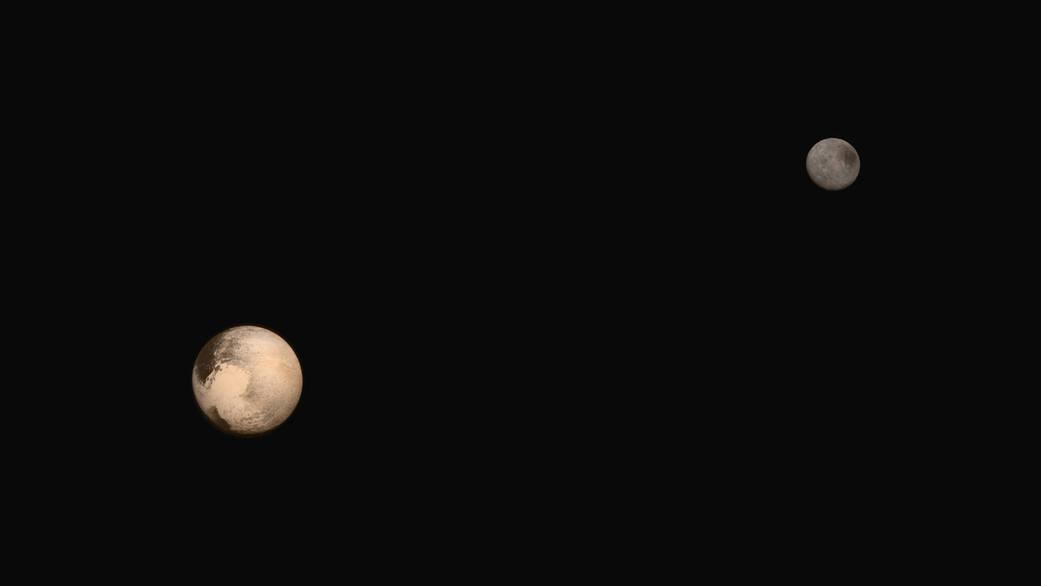 Złożenie zdjęć Plutona i Charona