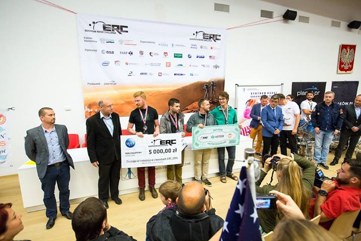 Drużyna University of Saskatchewan Space Design Team z Kanady - zwycięzca European Rover Challenge 2015