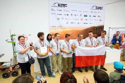 Drużyna #next team zPolitechniki Białostockiej - II miejsce naEuropean Rover Challenge 2015