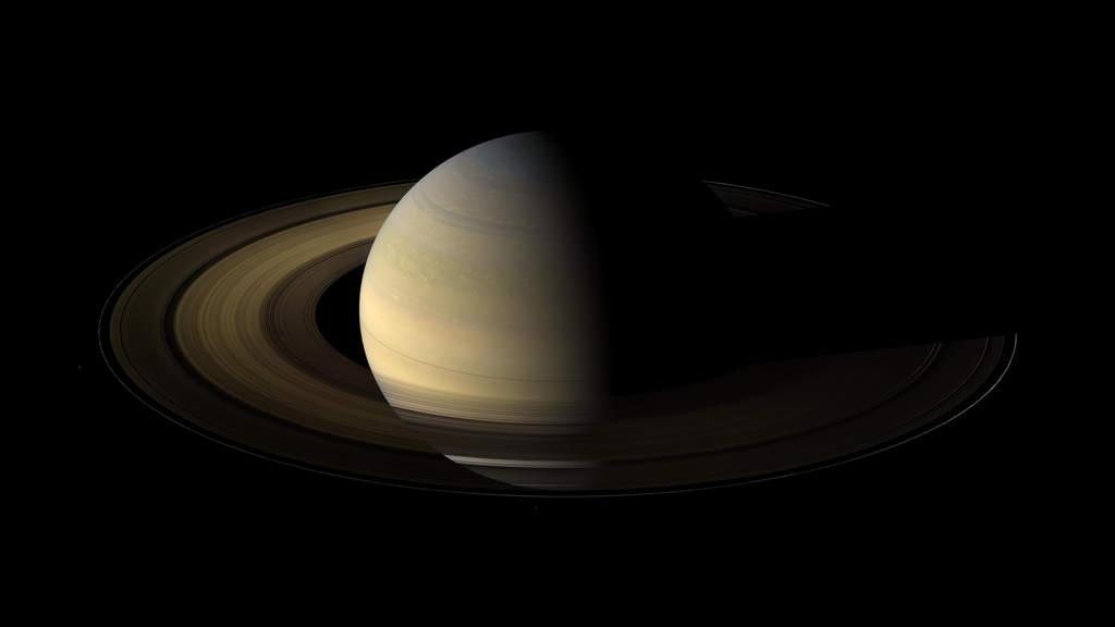 Zdjęcie Saturna wykonane przez sondę Cassini